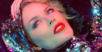 Kylie Minogue Radio Mediaș cu noul single Say Something